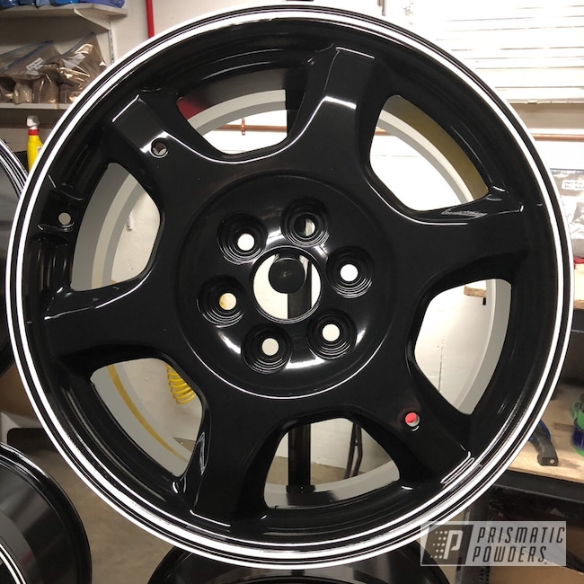 "Powder Coating: Matt Black PSS-4455,Wheels,Automotive,18"",18"" Wheel,Cloud White PSS-0408,Cadillac"