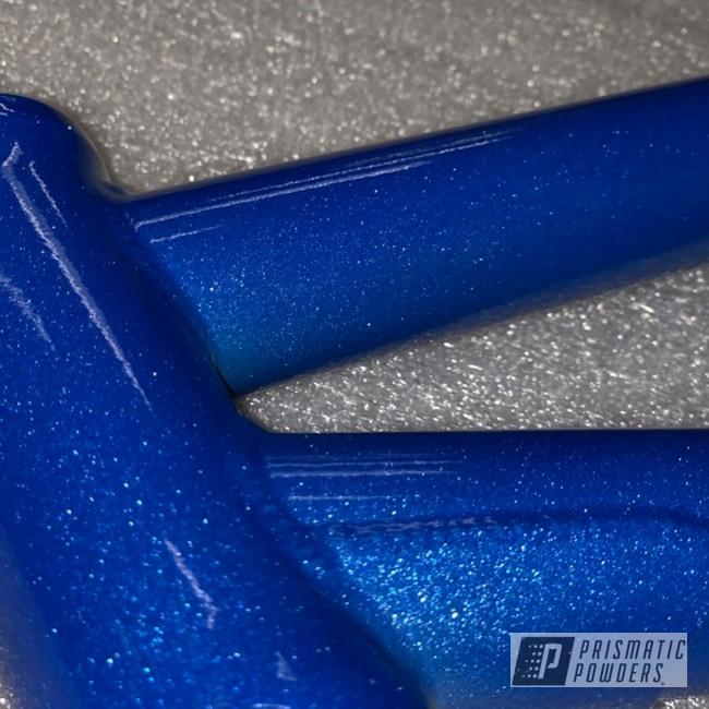 Powder Coating: Illusion Blue-Berg PMB-6910,Illusion Powder Coating,Clear Vision PPS-2974,Bike Frame,Bicycle,BMX,Bicycle Frame