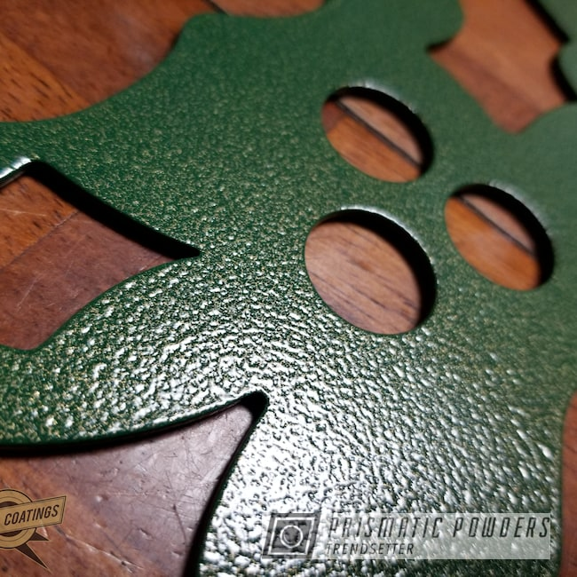 Powder Coating: Metal Art,Green/Gold PVB-1240,Art,Holiday Wreath