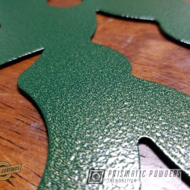 Powder Coating: Metal Art,Green/Gold PVB-1240,Art,Holiday Wreath