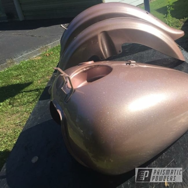 Powder Coating: Fuel Tank,Silver Sparkle PPB-4727,Motorcycle Parts,motocycle,Illusion Rose Gold PMB-10047
