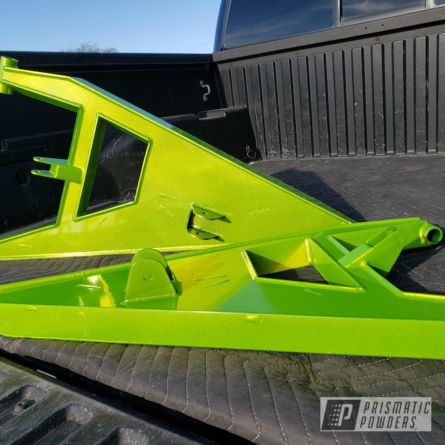 Powder Coating: UTV,side by side,Textron,Alien Silver PMS-2569,Shocker Yellow PPS-4765