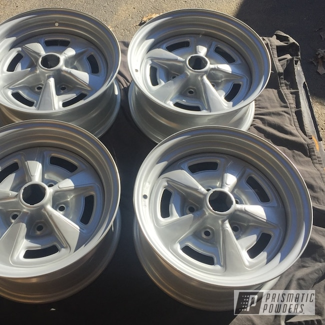 Powder Coated Silver Pontiac Wheels