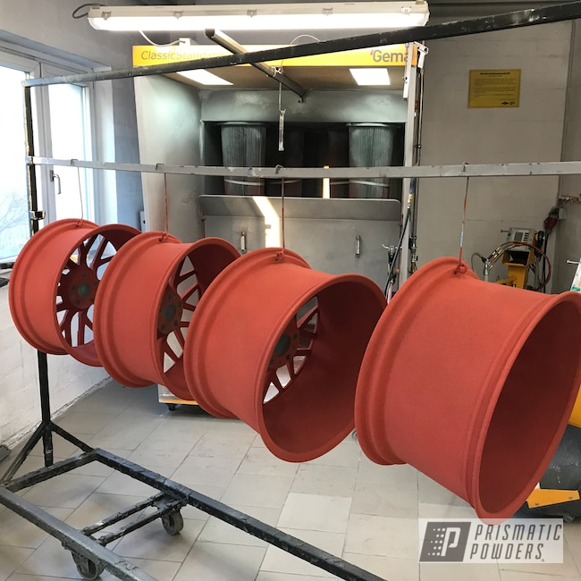 "Powder Coating: Wheels,Automotive,Clear Vision PPS-2974,Audi,Illusion Cherry PMB-6905,Audi R8,20"" Wheels"