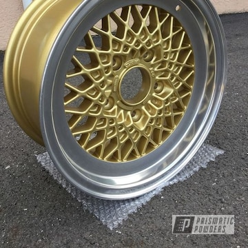 Powder Coated Gold Custom Machine Cut Porsche Wheel