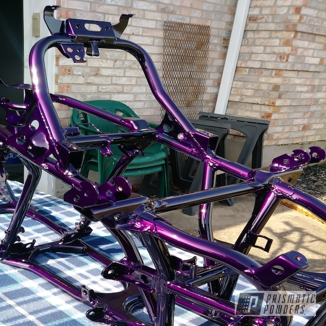 Powder Coating: Clear Vision PPS-2974,#bansee #Mike'sCustomCoatings,Banshee,banshee frame,Illusion Berry PMB-6907,Yamaha,Yamaha Banshee Parts