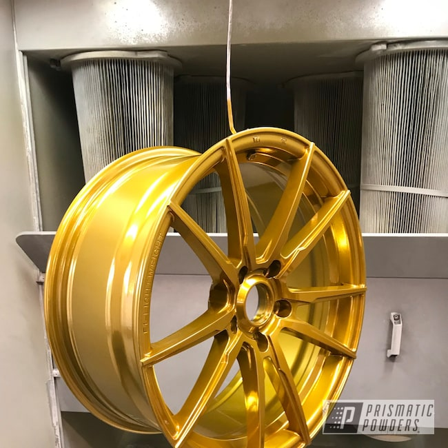 "Powder Coating: Wheels,Automotive,18"",SUPER CHROME USS-4482,Aluminium Wheels,Candy Gold PPB-2331,18"" Wheels"