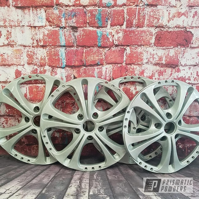 Powder Coating: Wheels,Automotive,Clear Vision PPS-2974,Heavy Silver PMS-0517,Custom Wheels,Custom Wheel face,Two Color Application,Aluminum Rim,Two Piece Wheel