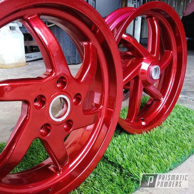 Powder Coating: Wheels,Gilera,Automotive,2 Color Application,SUPER CHROME USS-4482,Super Chrome,LOLLYPOP RED UPS-1506,Aluminium Wheels,lollypopred,Valve Cover
