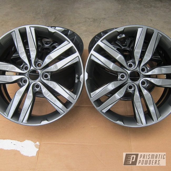 "Powder Coating: Wheels,Auto Parts,Automotive,Evo Grey PMB-5969,Clear Vision PPS-2974,Soul,18"" Wheels,Kia"