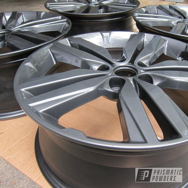 "Powder Coating: Wheels,Auto Parts,Automotive,Evo Grey PMB-5969,Clear Vision PPS-2974,Soul,18"" Wheels,Kia"