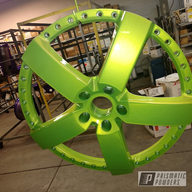 "Powder Coating: Wheels,Automotive,Heavy Silver PMS-0517,2 Color Application,20"",Shocker Yellow PPS-4765"