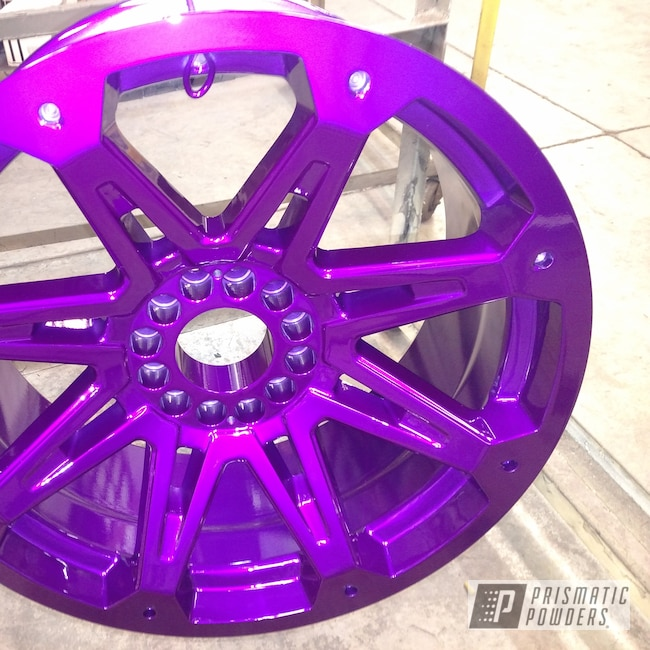 "Powder Coating: Wheels,Automotive,Clear Vision PPS-2974,2 Color Application,Oil Pan,20"" Aluminum Wheels,Illusion Violet PSS-4514"