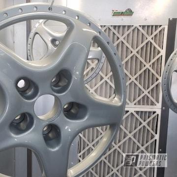 Powder Coated Silver 18 Inch Aston Martin Wheels