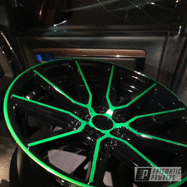 "Powder Coating: Wheels,Automotive,Clear Vision PPS-2974,20"" Wheels,Niche,Ink Black PSS-0106,Illusion Green Ice PMB-7025,20"",Ferrari"
