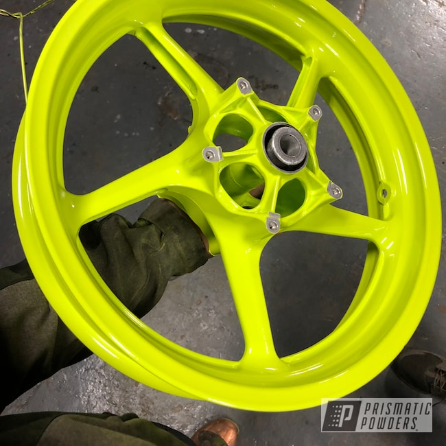 Powder Coating: Chartreuse Sherbert PSS-7068,Yamaha,R1,Motorcycle Wheels,Motorcycles