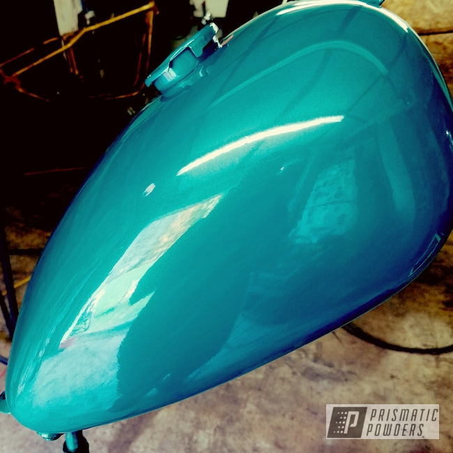 Powder Coating: Motorcycles,Motorcycle Gas Tank,Indian Turquoise PSS-2791,Gas Tank