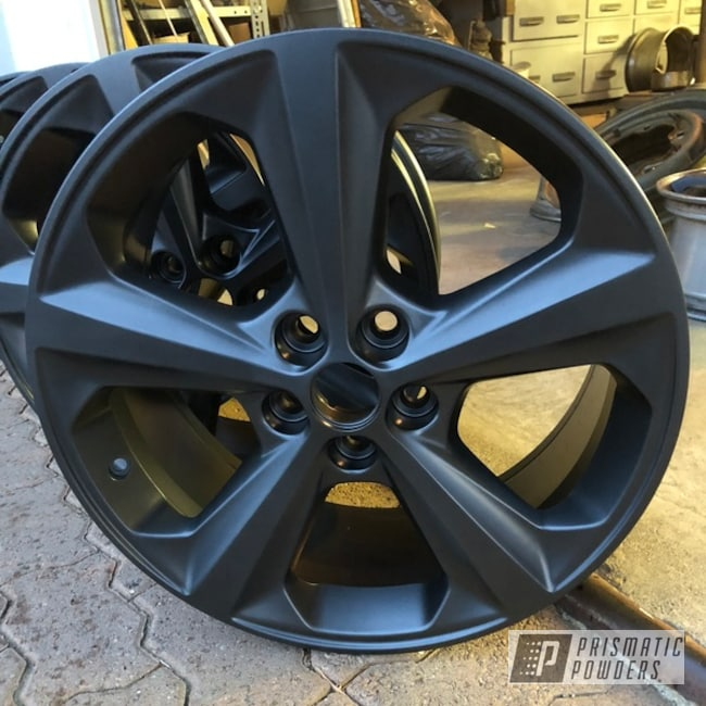 "Powder Coating: Wheels,Automotive,18"",BLACK JACK USS-1522,18"" Wheel"