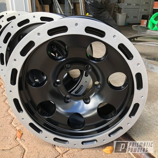 "Powder Coating: Wheels,BMW Silver PMB-6525,Matte Black PSS-4455,Automotive,4x4,4x4 Wheels,20"",Two Tone,20"" Wheel"