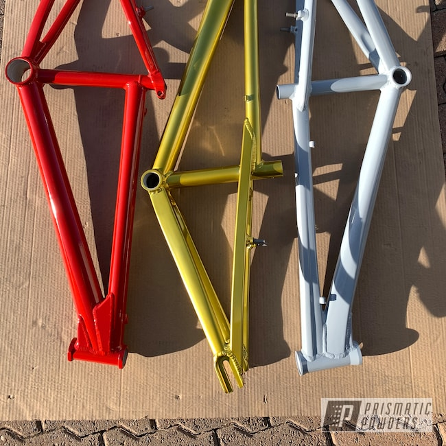 Powder Coating: Bicycles,Clear Vision PPS-2974,Really Red PSS-4416,Epoxy Primer ESS-6518,Bicycle Frame,Illusion Rare Gold PMS-10145,BMX Frames