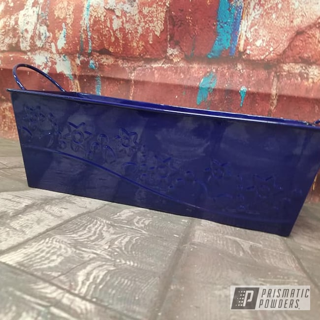 Powder Coating: Clear Vision PPS-2974,Storage Container,Illusion Royal PMS-6925,Tin Bucket,Miscellaneous