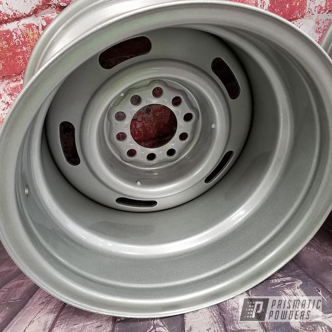 "Powder Coating: Wheels,Automotive,15"" Steel Wheels,Clear Vision PPS-2974,Heavy Silver PMS-0517,Steel Rims"