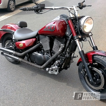Black And Red Suzuki Boulevard