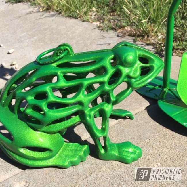 Powder Coating: Antique,Yard Art,Lime,Green,Vintage,Metallic Powder Coating,Custom Home Decor,Metal Art,Illusion Lime Time PMB-6918,Clear Vision PPS-2974,Outdoors,Home Decor,Outdoor,Frog