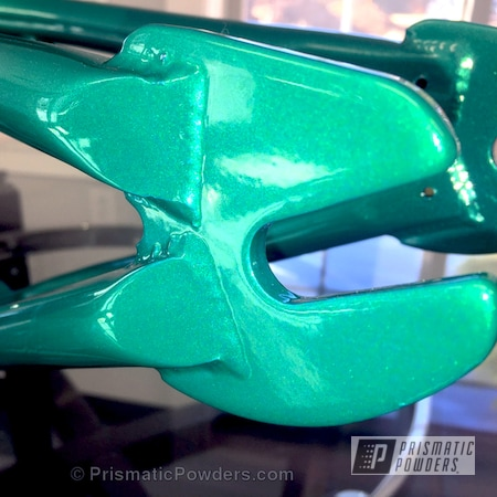 Powder Coating: Bicycles,Clear Vision PPS-2974,Illusion Tropical Fusion PMB-6919,Pit Bike,Custom Powder Coated Bike Frame