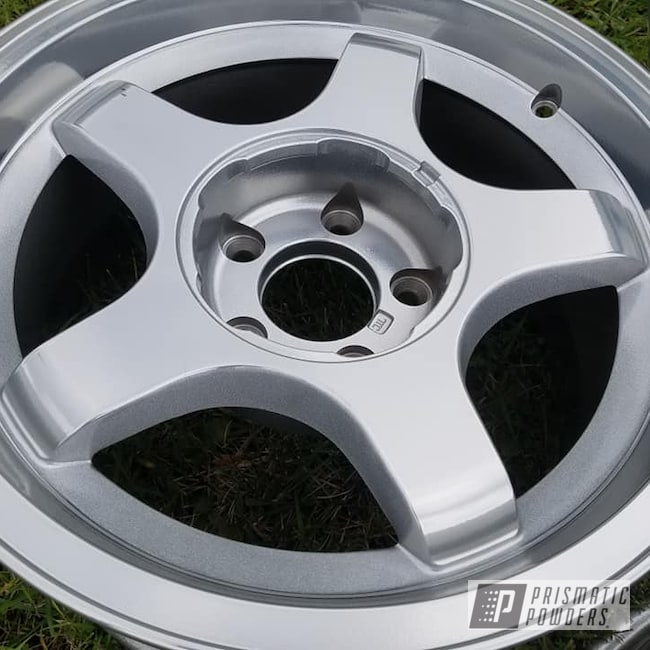 "Powder Coating: Impala,Clear Vision PPS-2974,Heavy Silver PMS-0517,2 Color Application,SUPER CHROME USS-4482,Custom Wheels,Chevrolet,17"" Wheels,Aluminum Rim"