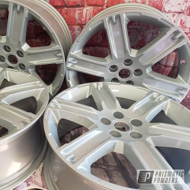 "Powder Coating: Wheels,19"" Wheels,19"",Automotive,Clear Vision PPS-2974,2 Stage Application,19"" Aluminum Rims,Alloy Silver PMS-4983"