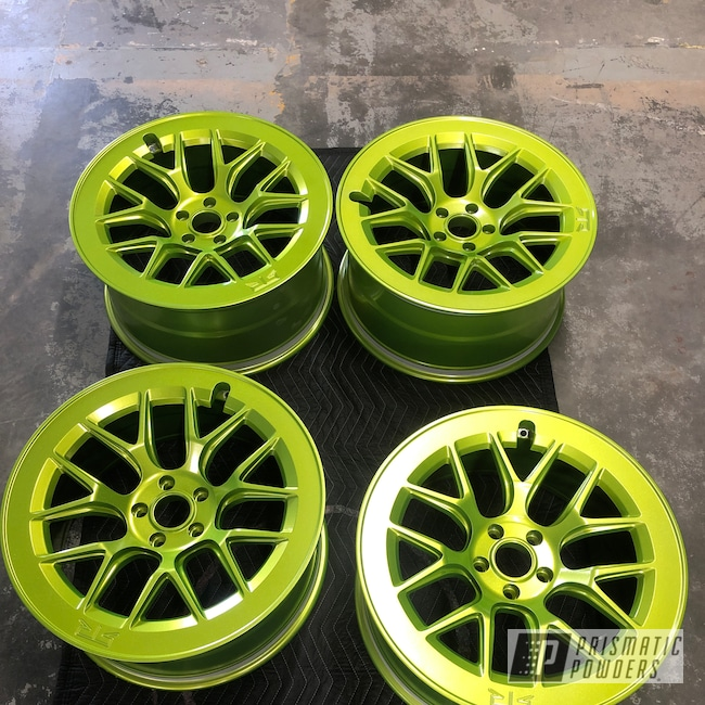 "Powder Coating: Shattered Glass PPB-5583,Wheels,Automotive,22"" Wheels,22"",Ford Mustang,Illusion Shocker PMB-10050,Ford"