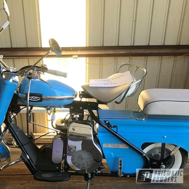 Powder Coating: First Place,1962 Cushman Super Eagle Restoration,Powder Blue PSS-4009,Super Eagle,1962,Grand Champion,Restoration,Motorcycles,Cushman