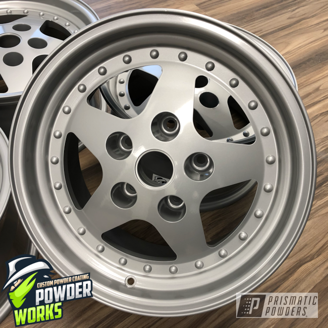 Powder Coating: Wheels,Automotive,Satin Silver PMS-1438