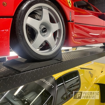 Silver 1992 Ferrari F40 Wheels