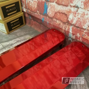 Powder Coated Red Automotive Valve Covers