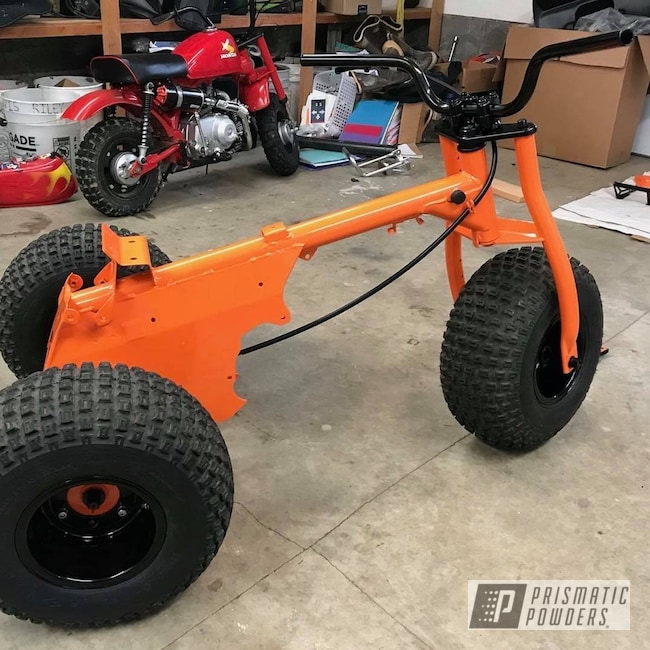 Powder Coating: Automotive,Motorcycle Frame,3 Wheeler,Honda Motorcycle,3 Wheeler Bike,3wheeler,International Orange PSS-2779