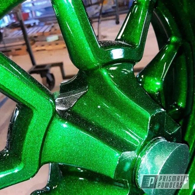 Powder Coating: Wheels,Automotive,Clear Vision PPS-2974,Custom Wheels,Custom Powder Coated Wheels,Powder Coated Wheels,Metallic Powder Coating,Ultra Illusion Green PMB-5346