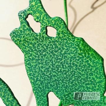 Powder Coated Green And Yellow Metal Yard Art