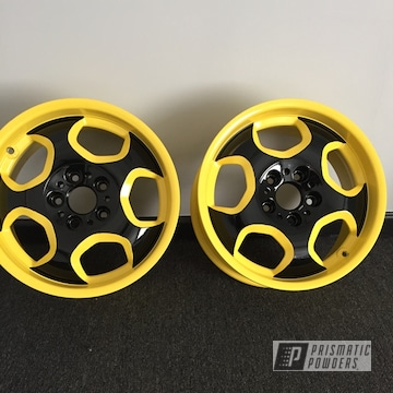 Powder Coated Black And Yellow Two Toned 18 Inch Rims