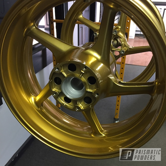 Powder Coating: Wheels,Automotive,Clear Vision PPS-2974,Motorcycle Rims,Motorcycles,Illusion Rare Gold PMS-10145
