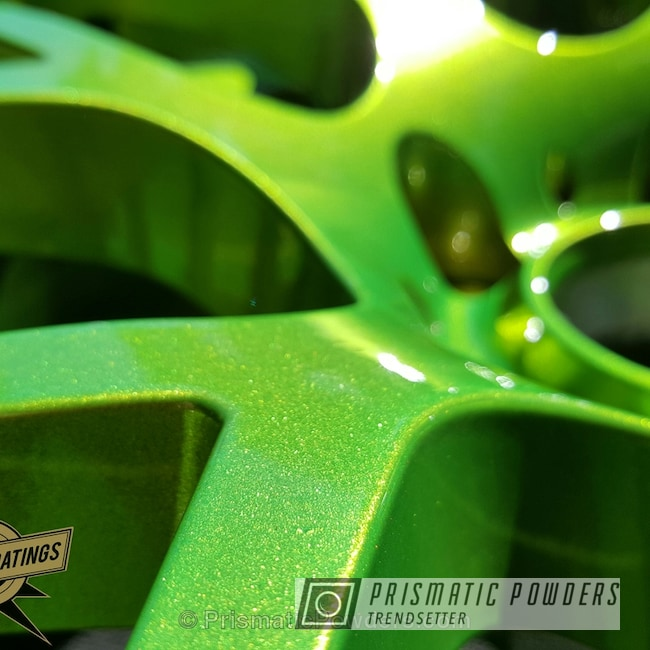 Powder Coating: Illusion Crabapple PMB-6912,Wheels,Clear Vision PPS-2974,powder coated,green wheels