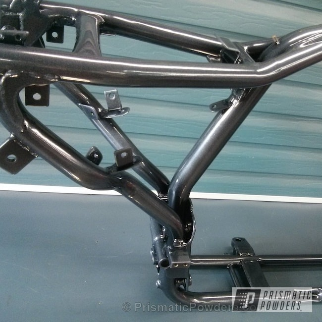Powder Coating: Ink Black PSS-0106,Motorcycles,Powder Coated Motorcycle Frame,Diamond Pearl Clear PPB-6631