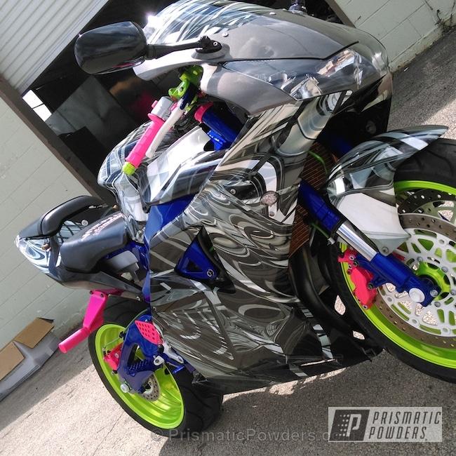 Powder Coating: Dazzling Pink PPB-5383,Motorcycles,Intense Blue PPB-4474,Powder Coated Honda 954rr Motorcycle,Shocker Yellow PPS-4765