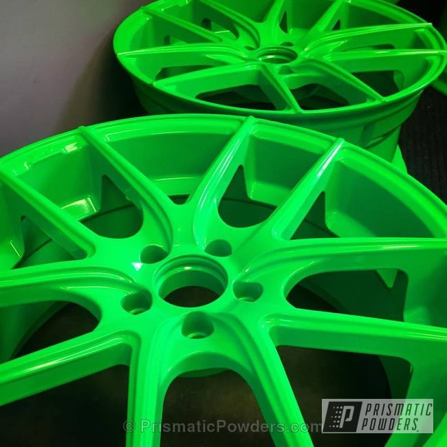 Powder Coating: Wheels,Powder Coated Ford Focus Wheels,Neon Green PSS-1221