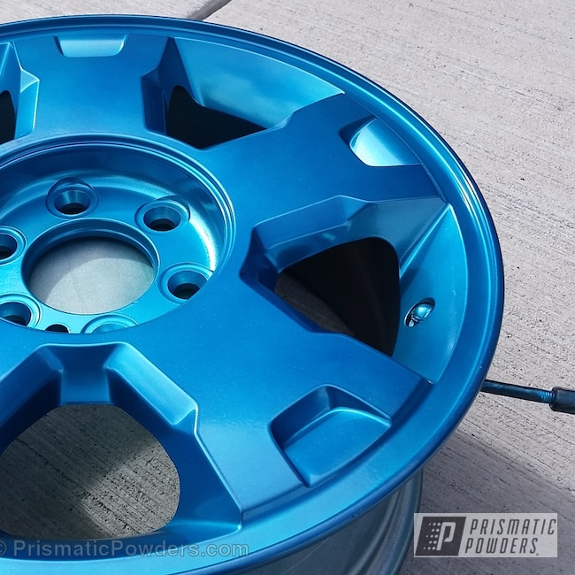 Powder Coating: HAWAIIAN TEAL UPB-1736,Wheels,SUPER CHROME USS-4482,chrome,Blue chrome powder coated F-150 wheel