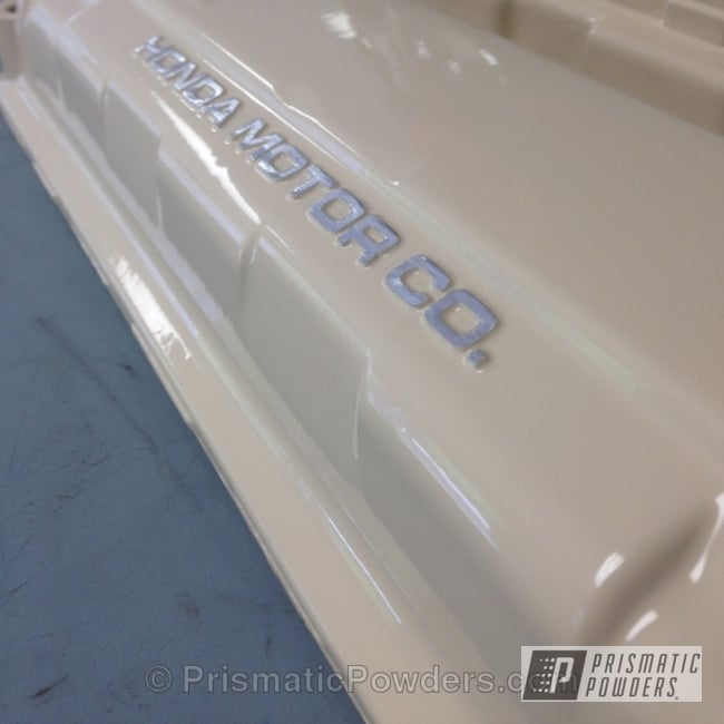 Powder Coating: Custom,Automotive,white,powder coating,powder coated,Prismatic Powders,Honda cover,beige,Valve Cover,Beijing Beige PSS-4527