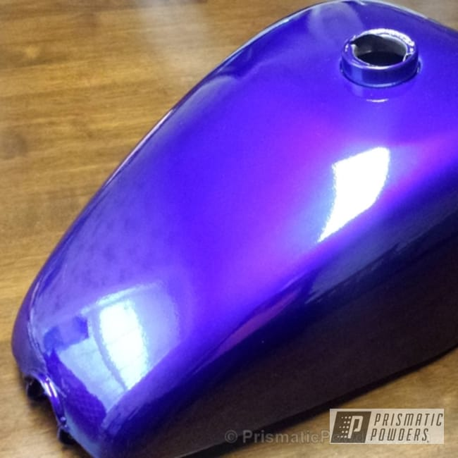 Powder Coating: Clear Vision PPS-2974,Sportster tank,Motorcycles,Illusion Blue PSS-4513