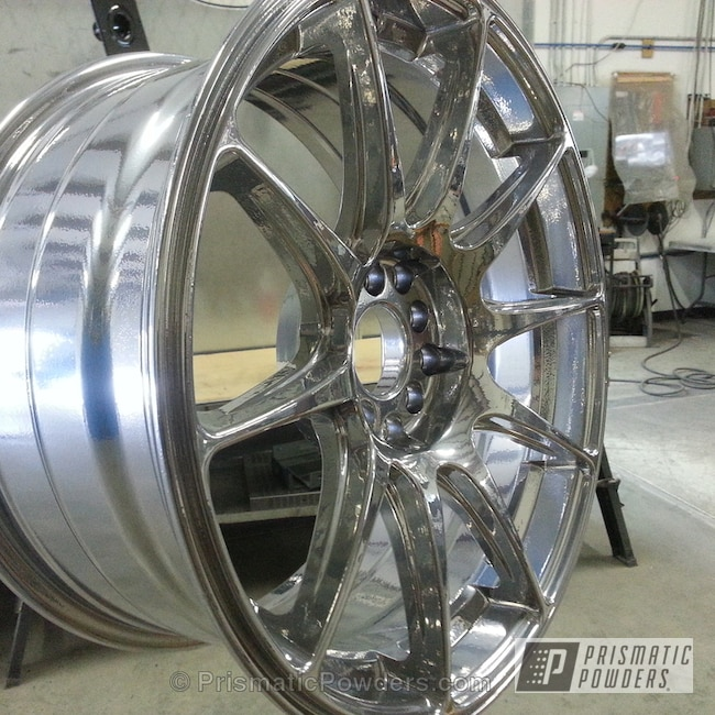 Powder Coating: Wheels,SUPER CHROME USS-4482,chrome,TRANSPARENT RASPBERRY UPS-4540