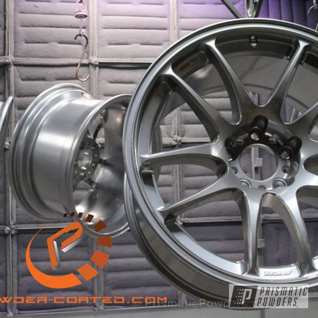 Powder Coating: Wheels,SUPER CHROME USS-4482,chrome,Black Chrome I PPB-4373